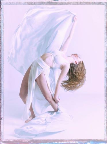 082 Danseuse en blanc